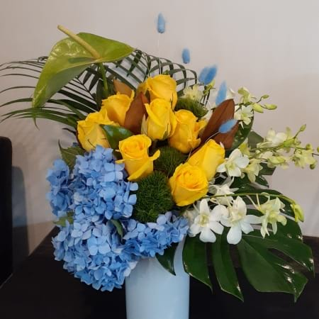 Xavier Vase Arrangement